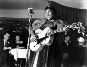 Sister Rosetta Tharpe performing in Cafe Society in 1940. Photo by Charles Peterson